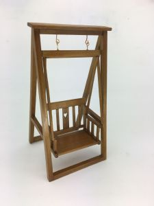 Arts & Craft Swing